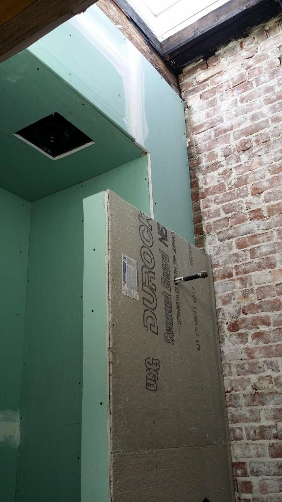 upstairs-bathroom-untiled